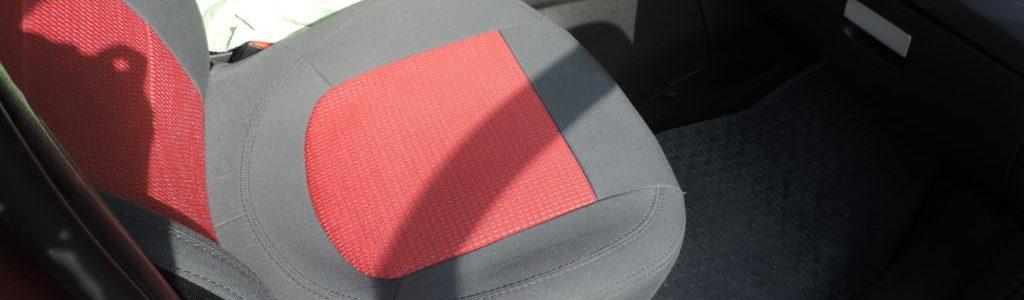 Predné sedadlo v aute